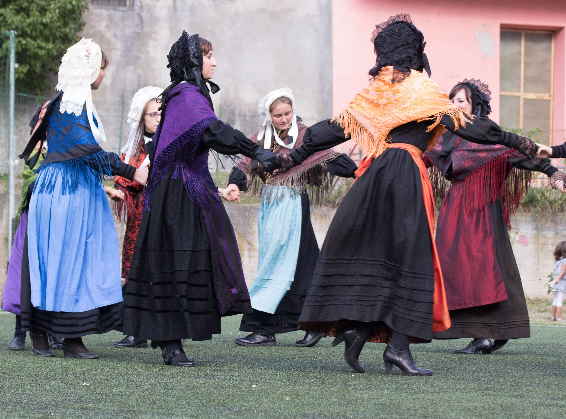 Traditional dances (Bal da Sabre) in Fenestrelle, 2017