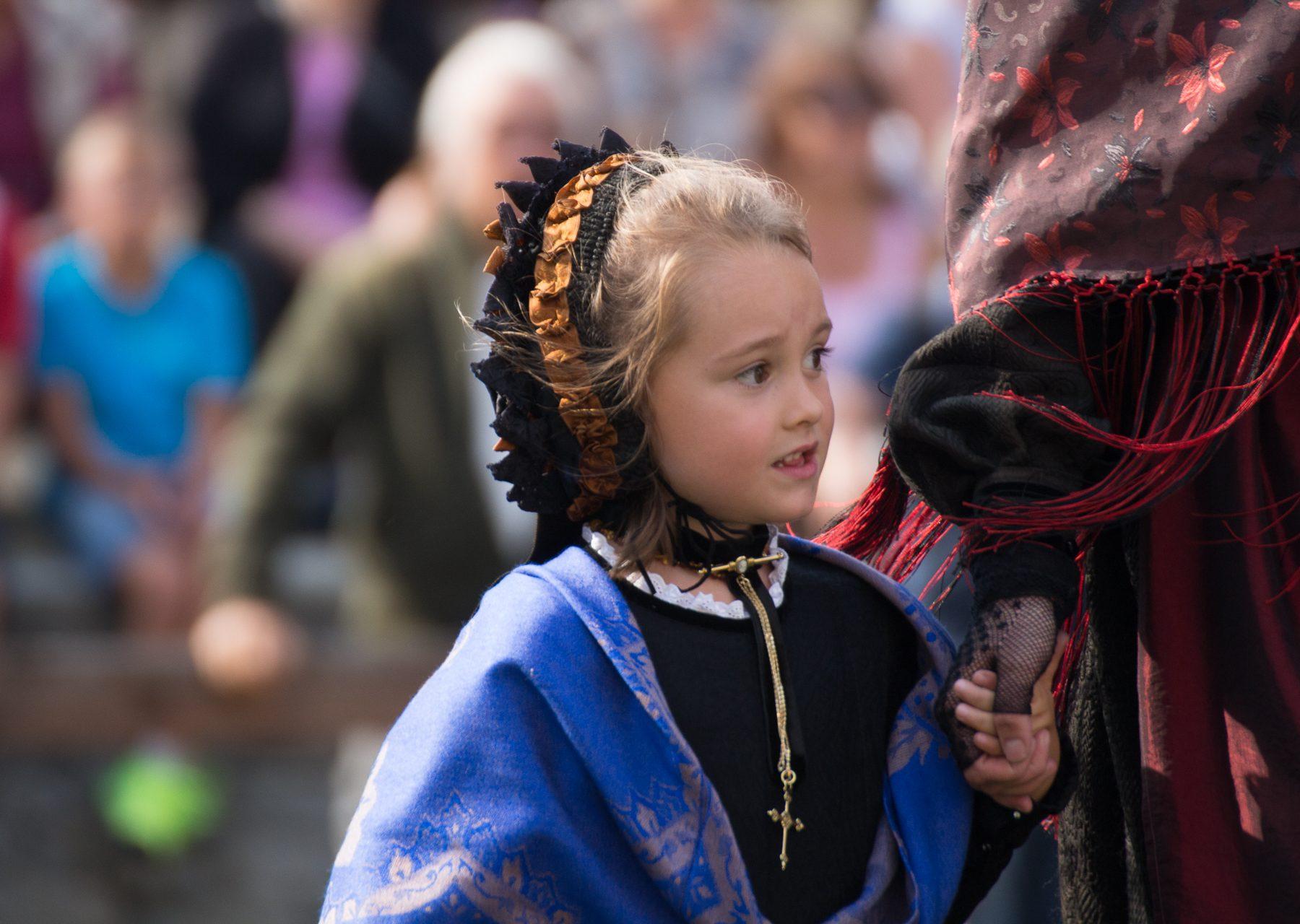 Little girl in traditional dress, Fenestrelle, 2017