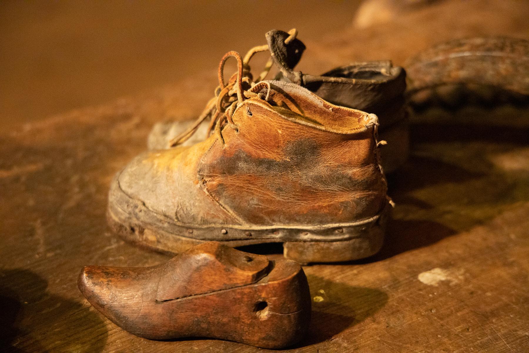 """Old shoes at the """"Museo del Costume e delle Tradizioni Alpine"""", Pragelato, 2020"""