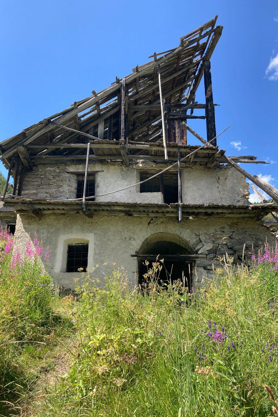 """Rif, abandoned """"grangia"""", 2020"""