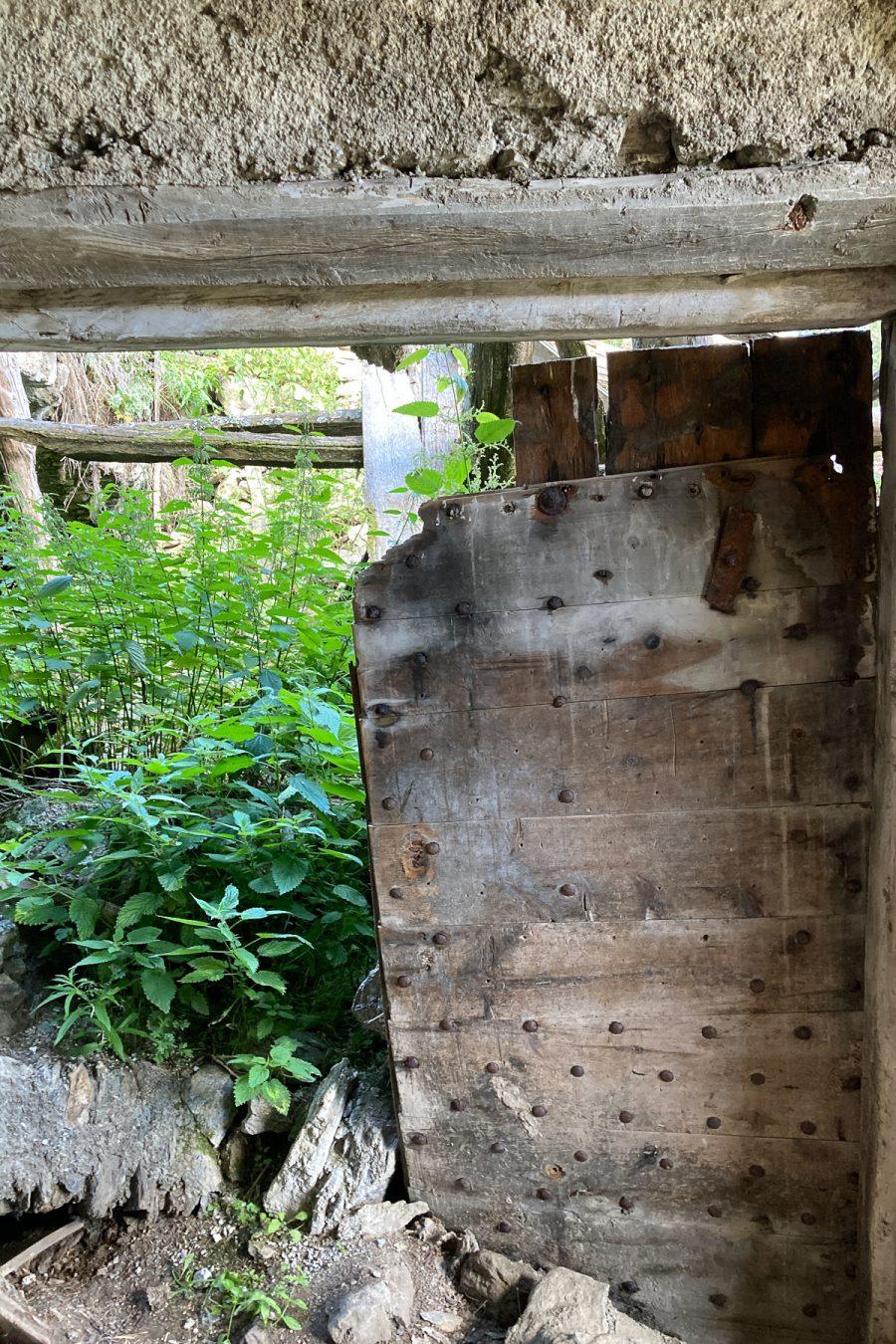 Rif, remains of a door, 2020
